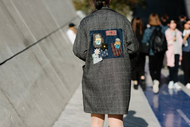 11-seoul-fashion-week-2015-street-style-day-2-12